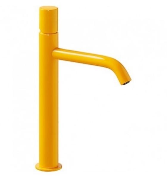 Imagen de Grifo de lavabo monomando Tres Study Amarillo Ambar modelo TRES 261.308.01.AMB.D